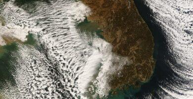 ✨ Snow Clouds in Korea